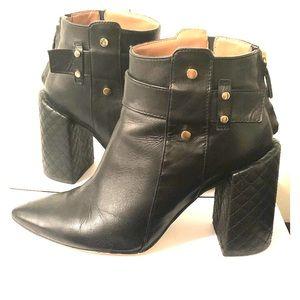 BCBG Jarod HH Crosshatch leather booties
